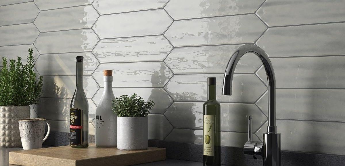Roca-Flow-Dark-Gray-picket kitchen backspalsh
